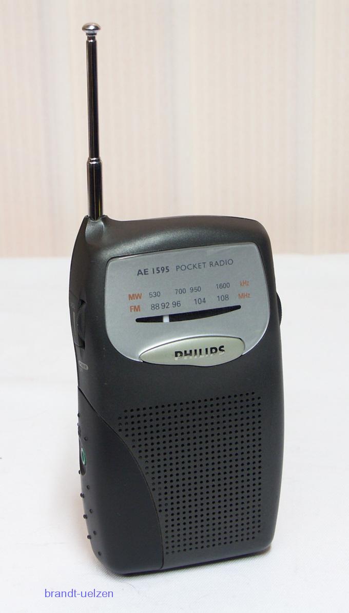 kleines taschenradio am fm radio philips ae1595 mit rechnung vom fachh ndler ebay. Black Bedroom Furniture Sets. Home Design Ideas